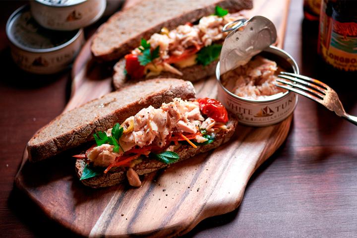 ツナ缶で小洒落たサンドイッチ